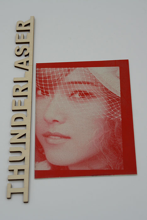 portrait Double-Color-Abs laser engraver